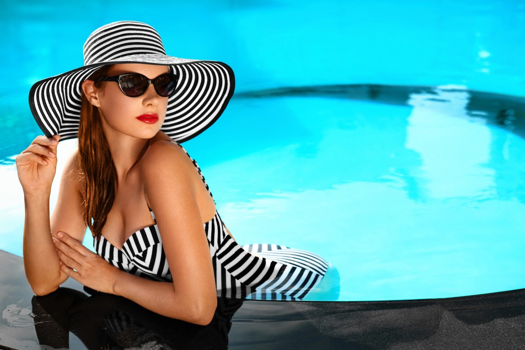 Your Pool Is the Perfect Photographic Backdrop